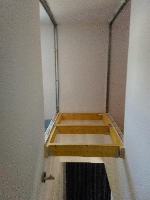 Aménager Bibliothèque au dessus de l\'escalier - 16 messages
