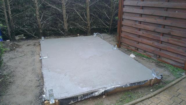 dalle beton abri jardin comment faire une dalle de bton with dalle beton abri jardin best. Black Bedroom Furniture Sets. Home Design Ideas