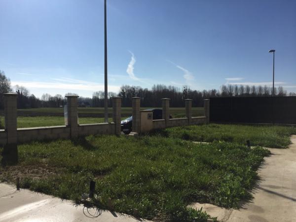 Aide pr paration terrain pour pelouse r solu - Preparer son terrain avant pelouse ...