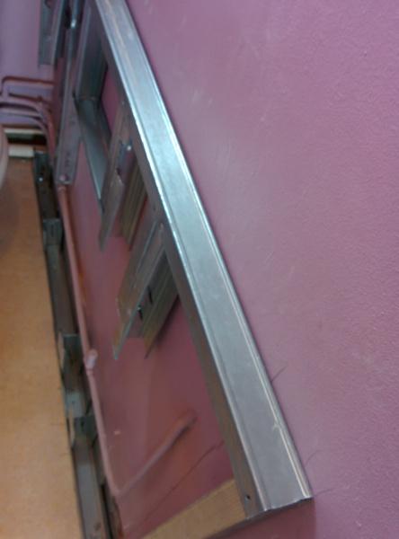 cache tuyaux mon amnagement de jardin fabuleux goulotte cache tuyau exterieur ides plinthe. Black Bedroom Furniture Sets. Home Design Ideas