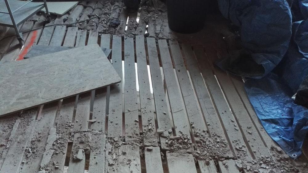 chape allge sur plancher bois with chape allge sur plancher bois perfect chapiste chape fluide. Black Bedroom Furniture Sets. Home Design Ideas