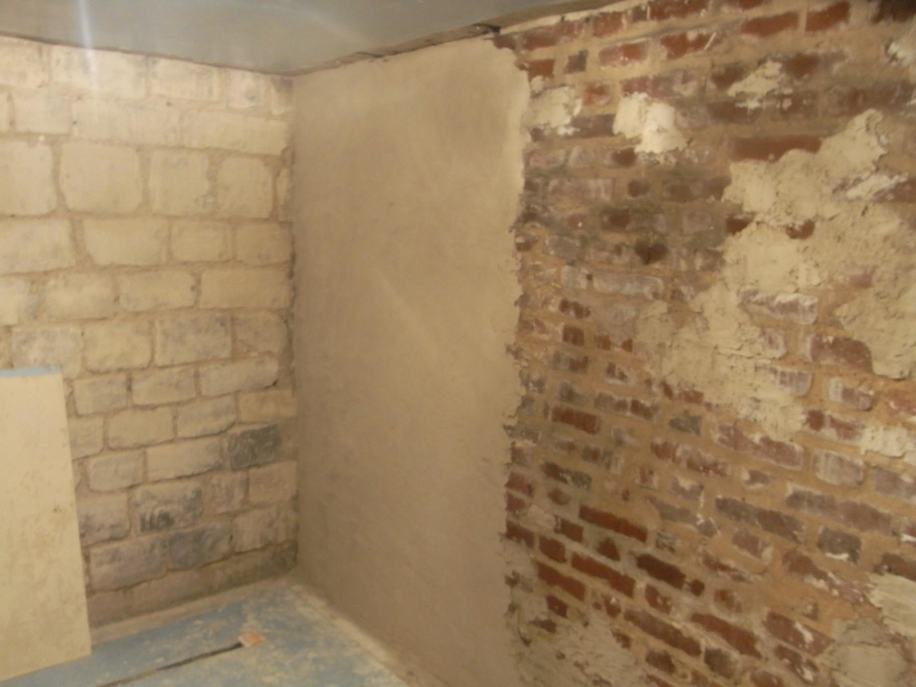 Chape chaux pour chambre en ssol semi enterr maison 1910 for Dalle de sol pour chambre