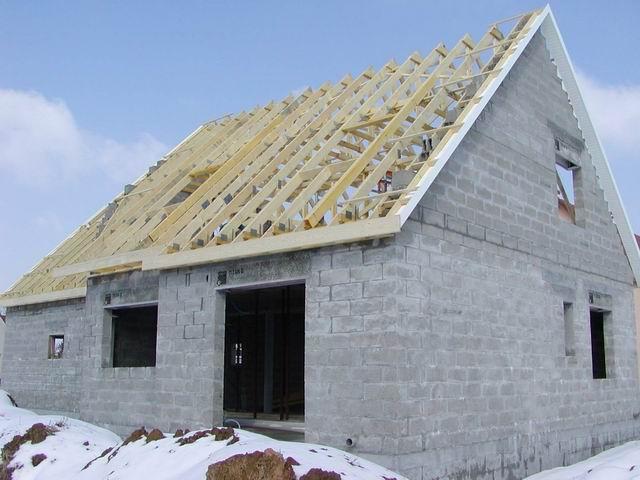 question charpente d bords de toit 18 messages. Black Bedroom Furniture Sets. Home Design Ideas