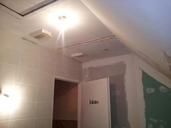 cloison en ba13 sans rails au sol 19 messages. Black Bedroom Furniture Sets. Home Design Ideas