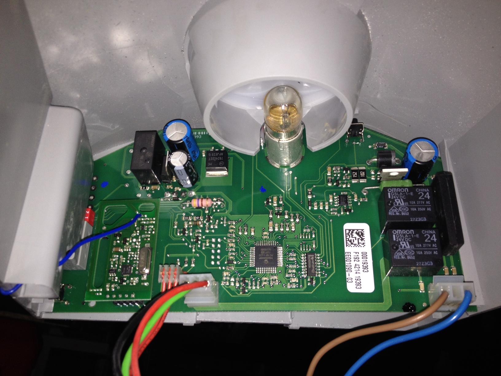 Connexion bft clonix 2e sur moteur porte garage 7 messages for Moteur porte de garage sectionnelle bft