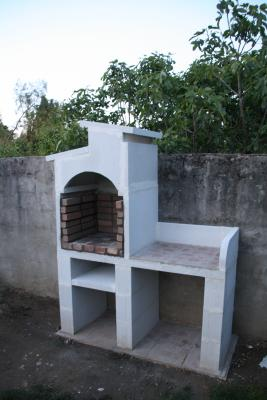 Construction d 39 un barbecue en b ton cellulaire 16 messages for Plan barbecue en beton cellulaire