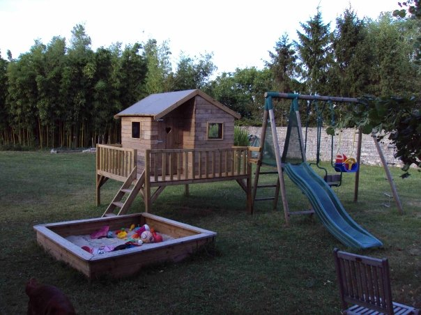 construction de cabane pour enfant 34 messages. Black Bedroom Furniture Sets. Home Design Ideas