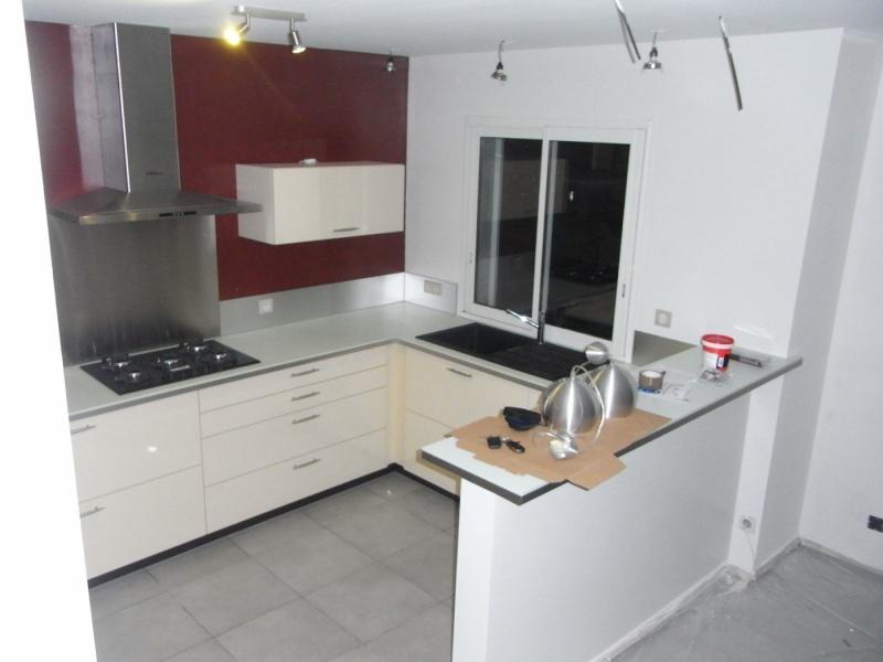 ilot central cuisinella great cuisine sur mesure laque blanc brillant de sylvie f ralisation. Black Bedroom Furniture Sets. Home Design Ideas