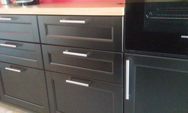 elegant cuisine noire laxarby ikea with cuisine method ikea. Black Bedroom Furniture Sets. Home Design Ideas