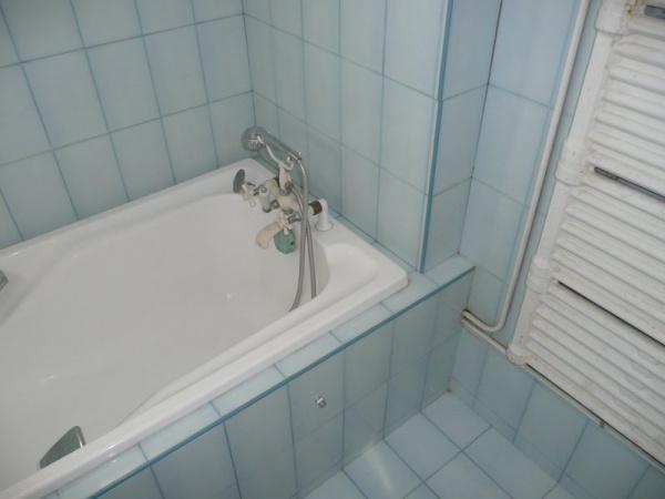douche en remplacement de baignoire technique et implantation privil gier. Black Bedroom Furniture Sets. Home Design Ideas