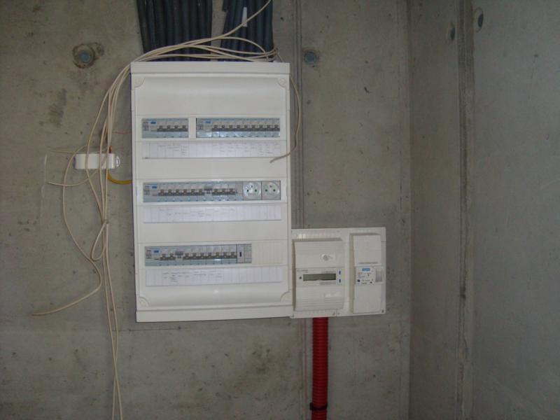 Raccordement lectrique electricit raccord e for Sous compteur electrique pour garage