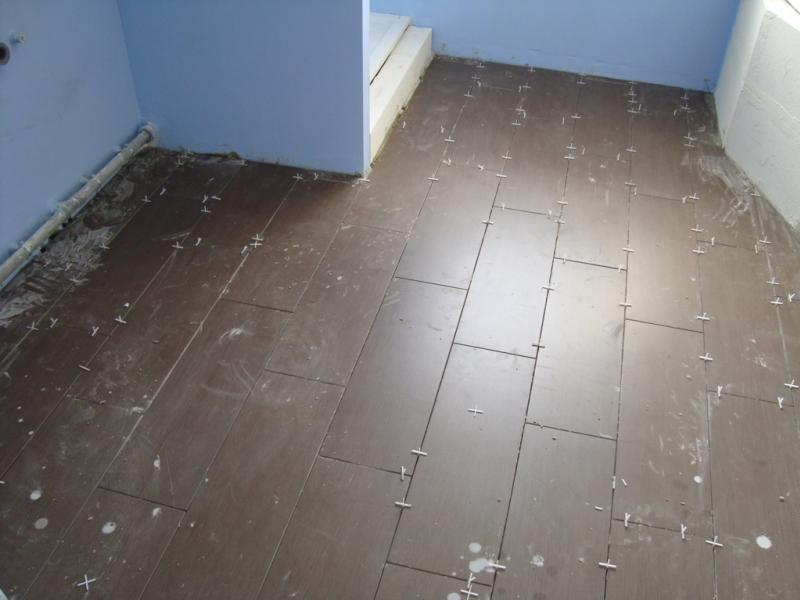 Couleur joints salle de bain sur carreaux wenge 11 messages for Joint carrelage sol