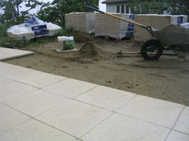 Comment faire une terrasse en dalle 6 messages for Terrasse en dalle beton sur sable