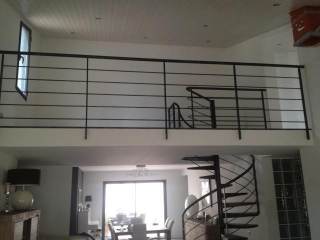 finition escalier fer brut 10 messages. Black Bedroom Furniture Sets. Home Design Ideas