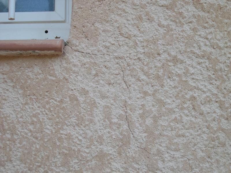 Fissure dans l 39 enduit 21 messages for Fissure appui de fenetre