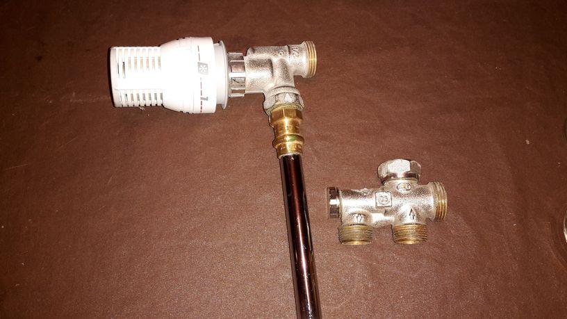 fuite robinet radiateur fuite robinet radiateur presse. Black Bedroom Furniture Sets. Home Design Ideas