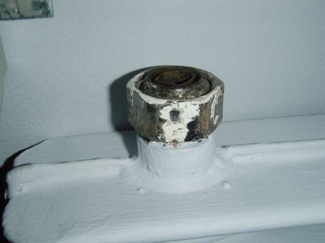 fuite sur raccord radiateur monotube - 16 messages - Fuite Robinet Radiateur Chauffage