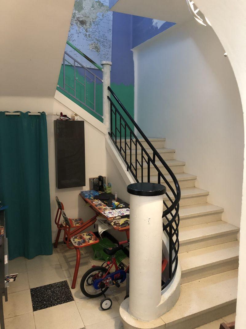 Casser Un Escalier Beton casser une cloison sous escalier béton