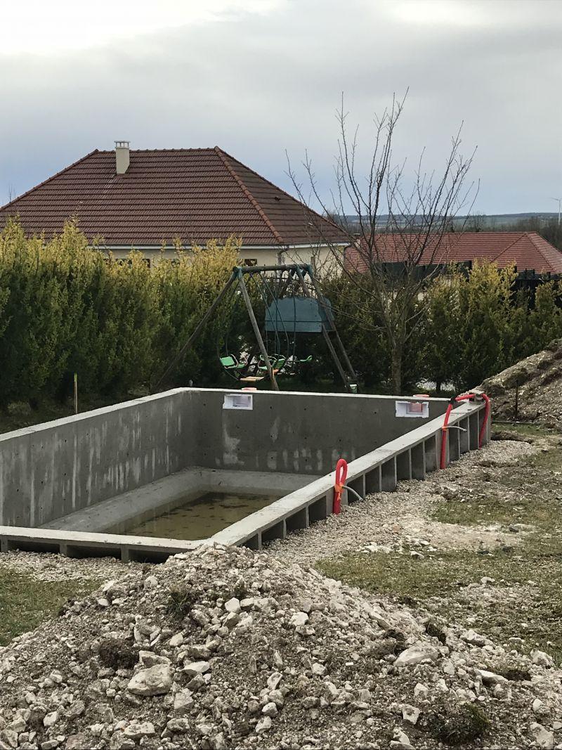 Comment Fabriquer Une Terrasse En Beton terrasse de piscine en pente - 8 messages