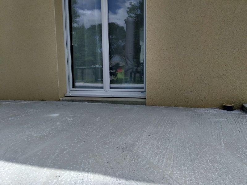 Rattraper niveau sol carrelage barre de seuil rattrapage de niveau parquet carrelage poser une - Primaire d accrochage pour carrelage sur carrelage ...