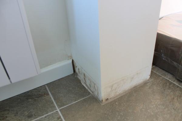 Infiltration d 39 eau importante avec douche l 39 italienne 4 messages - Remontee d eau dans la douche ...