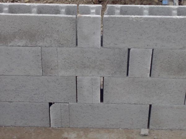 Inqui tude sur construction vide sanitaire 14 messages for Pose parpaing a bancher