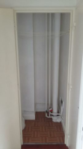 installation possible d 39 une lave linge 5 messages. Black Bedroom Furniture Sets. Home Design Ideas