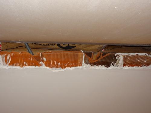 jonction plafond ancien briquette pl tre rampant placo. Black Bedroom Furniture Sets. Home Design Ideas