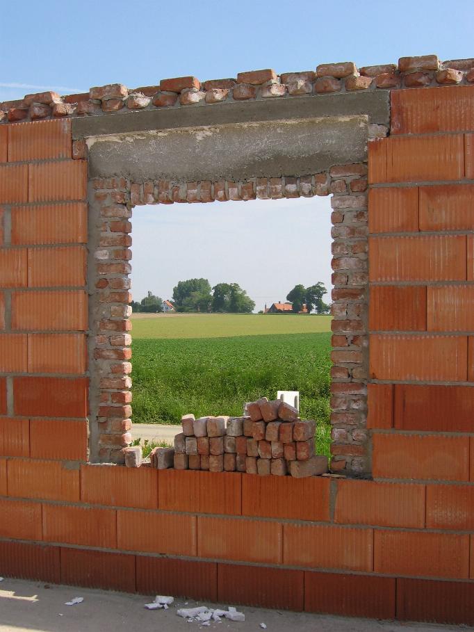 Redressement de tableau 4 messages for Fenetre qui rentre dans le mur