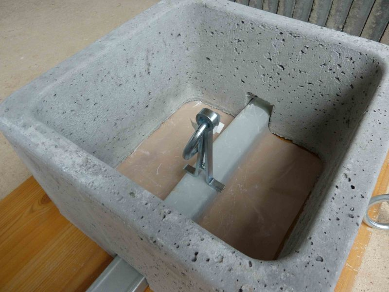 Fabrication Poid De Lestage En Béton De 50kg Environ Pour
