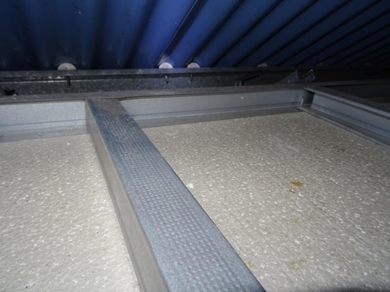 Placo avec traces noires d 39 humidit autour des vis pbe de pont thermique ou autre 8 messages - Comment enlever des traces noires sur un mur exterieur ...