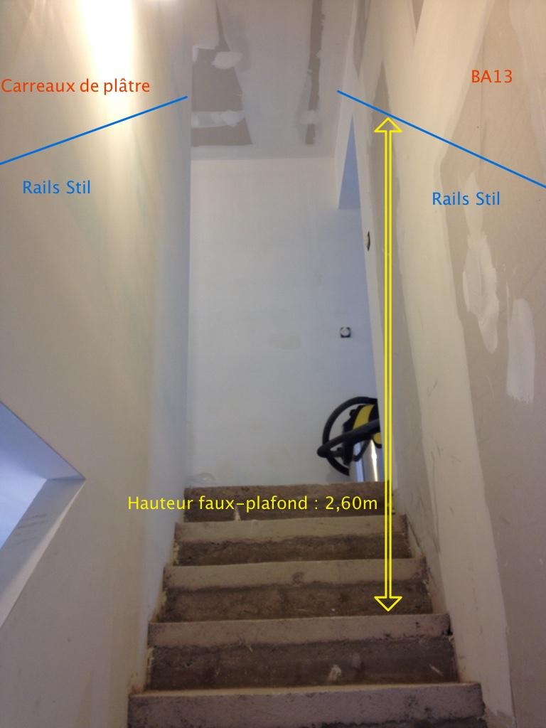 Plafond rampant dans un escalier 11 messages - Comment mettre des spots dans un faux plafond ...