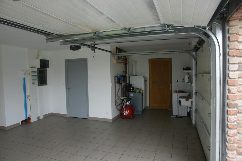 Qui dit plancher chauffant dit marche entre garage maison for Garage maison