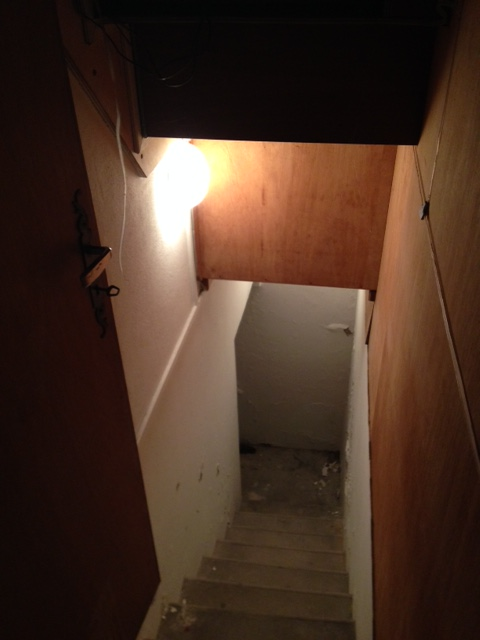 r novation trappe cave 4 messages. Black Bedroom Furniture Sets. Home Design Ideas