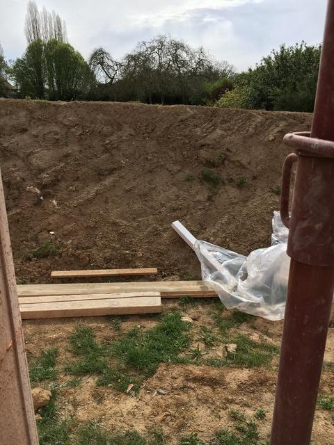 Cloture Fait Maison terre utilisée comme clôture - 9 messages